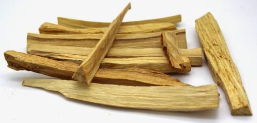 palo santo wood (1)